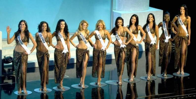 Vdeo: Miss Universo 2012: Bikinis, lencera y ropa