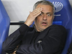 Soccer_Chelsea_Mourinho_-06c2b_20151217164848-kXBD-U30877587732duF-652x492@MundoDeportivo-Web
